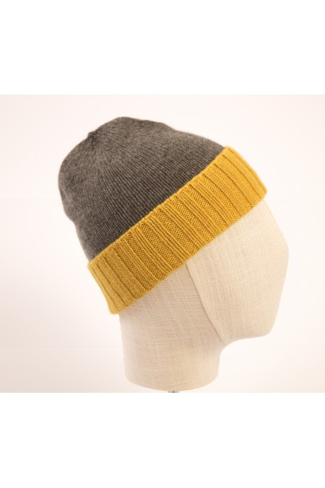 PURE CASHMERE TWO-COLOURED BEANY MEDIUM GREY & DARK YELLOW