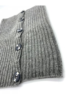 Pure Cashmere Neck Warmer with buttons closure